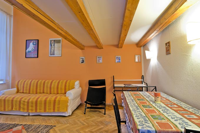 Details, pictures and price of the apartment Opera Romantica - O utca, Budapest n.2