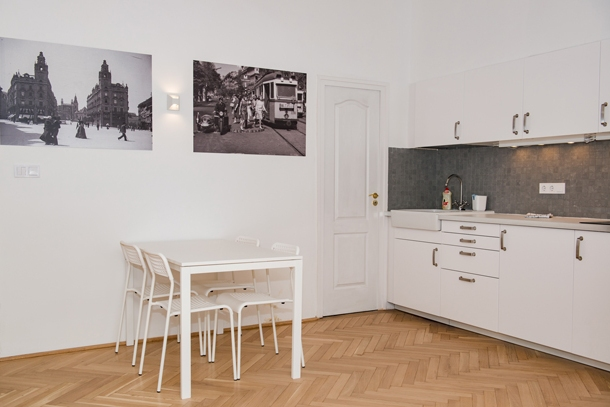 Details, pictures and price of the apartment Rigoletto - Erzsebet krt 40, Budapest n.5