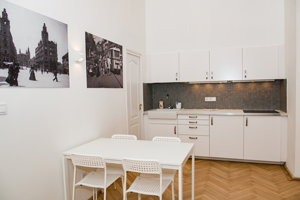 Details, pictures and price of the apartment Rigoletto - Erzsebet krt 40, Budapest n.6