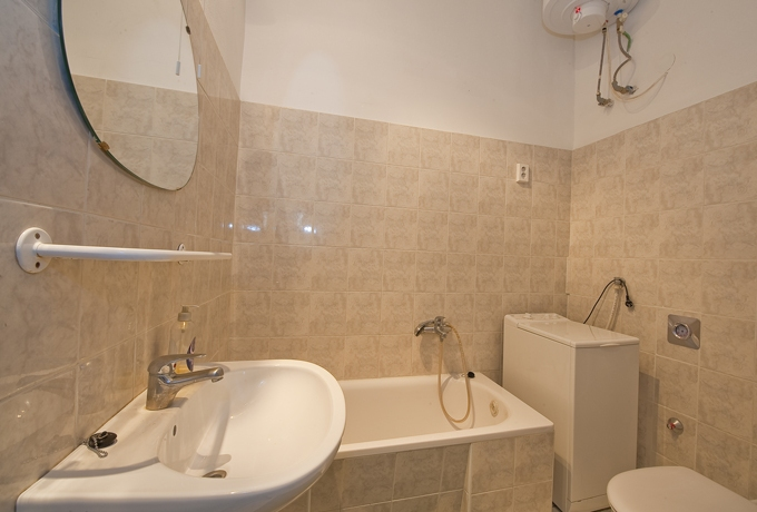 Details, pictures and price of the apartment Paganini - Oktogon, Budapest n.9