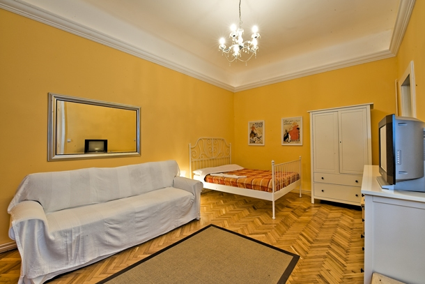Details, pictures and price of the apartment Tosca - Veres Palne 30, Budapest n.1
