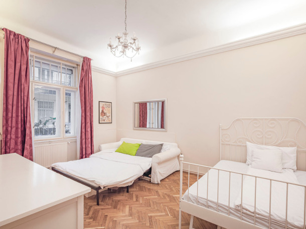 Details, pictures and price of the apartment Tosca - Veres Palne 30, Budapest n.3