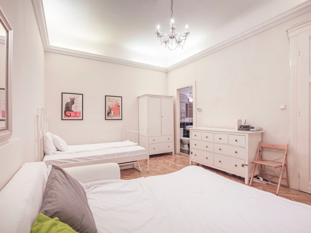 Details, pictures and price of the apartment Tosca - Veres Palne 30, Budapest n.4