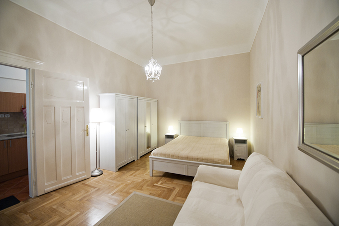 Details, pictures and price of the apartment Caruso - Veres Palne 30, Budapest n.1