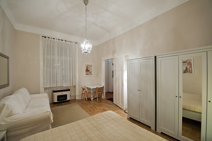 Details, pictures and price of the apartment Caruso - Veres Palne 30, Budapest n.2