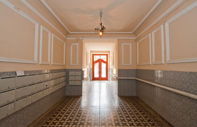 Details, pictures and price of the apartment Caruso - Veres Palne 30, Budapest n.6