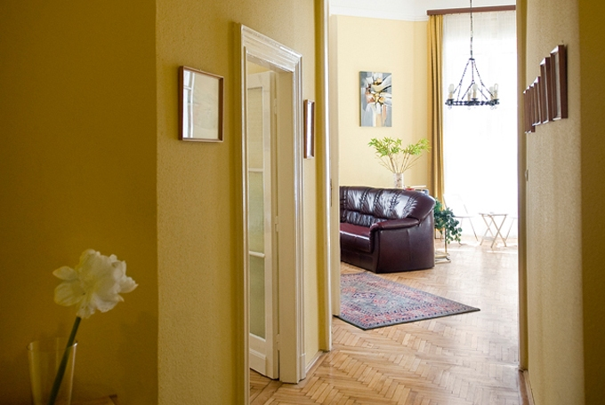 Details, pictures and price of the apartment Bizet - Bathory, Budapest n.3
