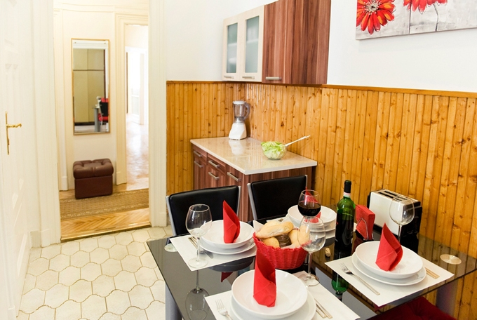 Details, pictures and price of the apartment Bizet - Bathory, Budapest n.6