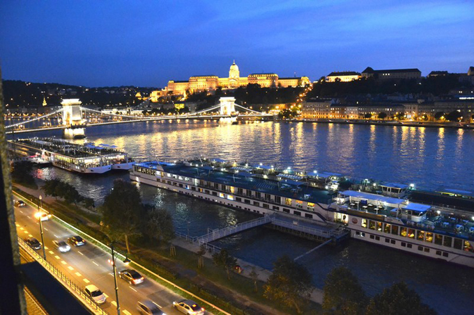 Details, pictures and price of the apartment Norma - Szechenyi 1, Budapest n.10