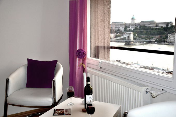 Details, pictures and price of the apartment Norma - Szechenyi 1, Budapest n.4